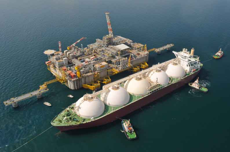 10 August 2009 The first cargo of Qatar LNG delivered for cooling the tanks and processing plant